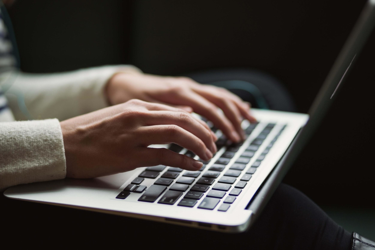 Blogger writing SEO-friendly content for their website